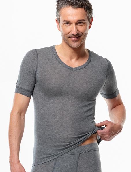 He.-Hemd mit V-Auschnitt